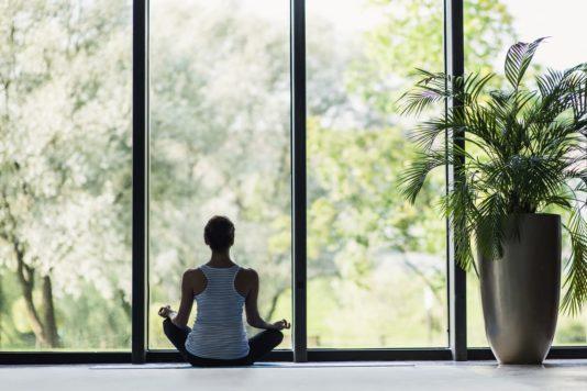 Comment faire de la lumière naturelle une source de bien-être intérieur?